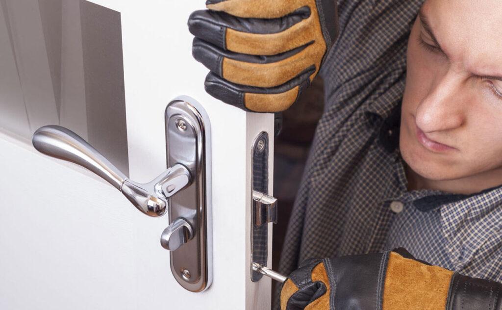 locksmith arrangements